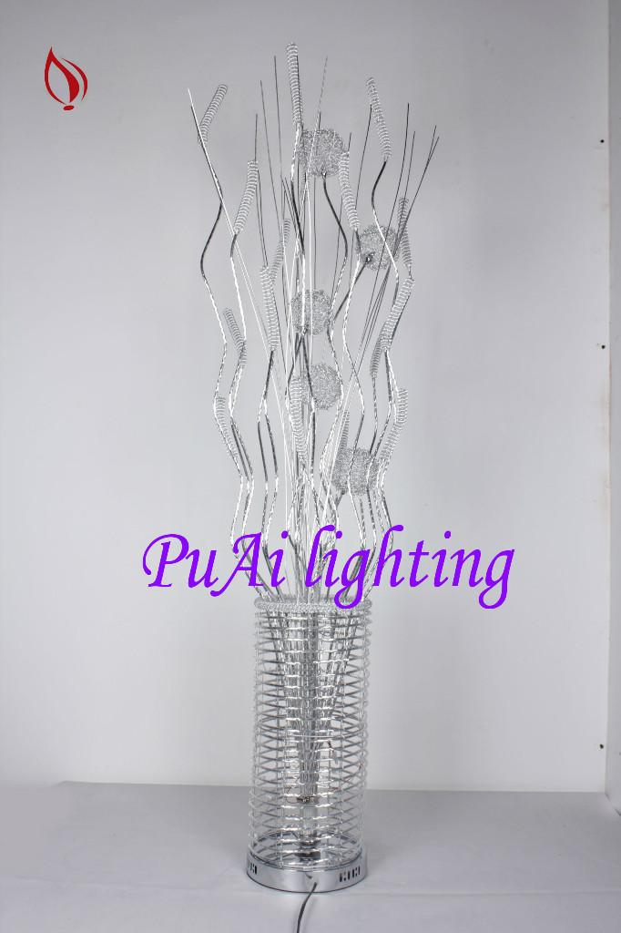 供应中山灯饰优质现代简约铝线灯客厅创意落落地灯落地灯现代LED